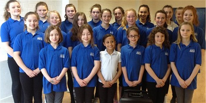 Hythe Aqua Synchronised Swimming Club recently received a donation